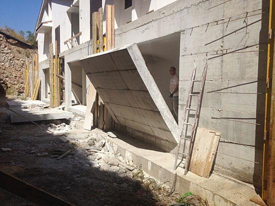 Prezzi cemento armato in opera cemento armato precompresso for Costo per costruire pilastri di pietra